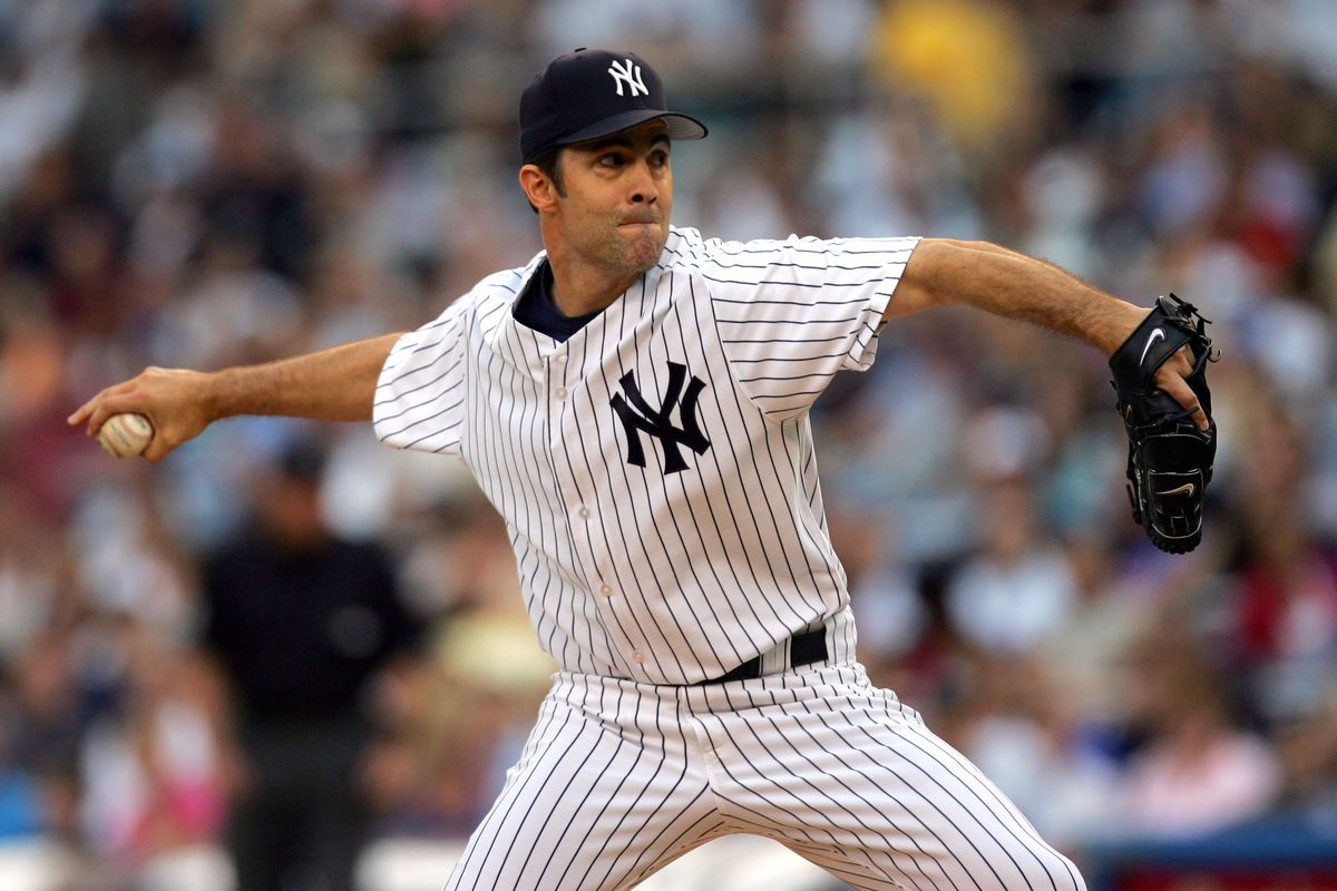 New York Yankees pitcher Mike Mussina
